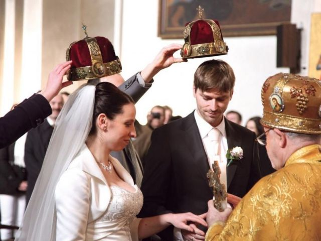 Russian wedding traditions